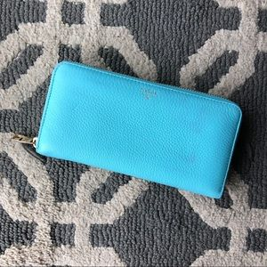 Like New Fossil Teal Zip-Around Wallet